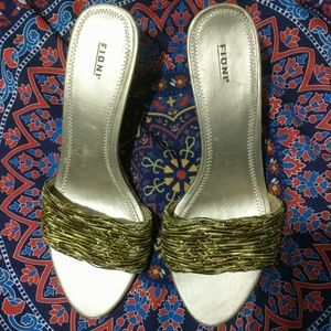 Fioni wedges size 7